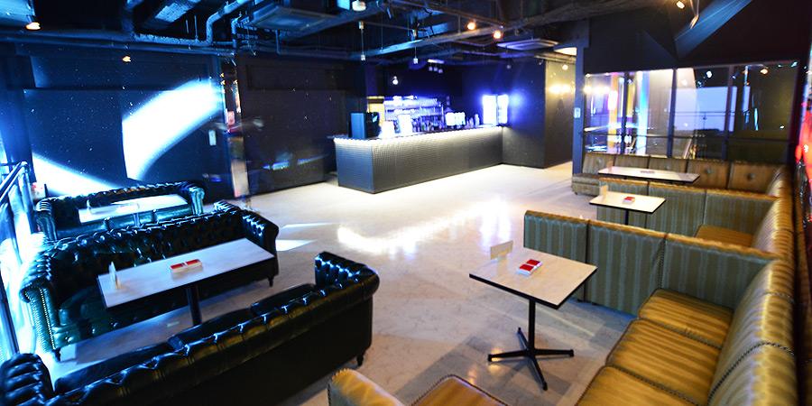 大阪心斎橋アメリカ村のクラブJOULEがリニューアルオープン!ライブハウスとしてもレンタルでき、毎夜クラブイベントやDJイベントが高音質で楽しめる!VIPシステムをご利用で夜をもっとゴージャスに演出します。